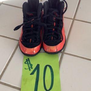 Toddler 11c Nike foams